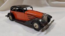 """très rare jouet en tôle ancien """" auto aérodynamique """" de JOUSTRA en TBE de 1937."""