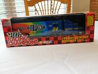 1:24 Scale Die-Cast Sprint Car World of Outlaws Racing Champions collectible