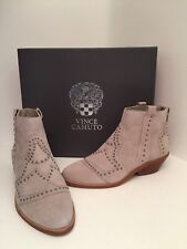 Vince Camuto Tamera Gray Suede Ankle BOOTS Size 5 Wide