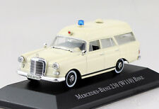 Mercedes 230 (W110) Binz Krankenwagen Ambulanz Rotes Kreuz 1:43 Atlas Modellauto