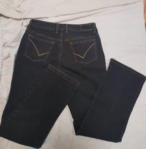 Women's Liz Jordan Straight Fit Black Stretch Denim Jeans Size 12. VGC