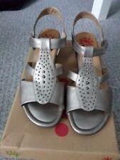 Ladies sandals size 41