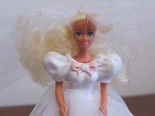 FIGURINE BARBIE IN WEDDING DRESS BLONDE PINK BOWS