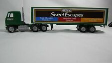 Winross 1996 Hershey's Sweet Escapes Chocolate Mack Ultraliner Cargo Semi