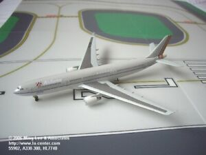 Dragon Wings Asiana Airlines Airbus A330-300 in Old Color Diecast Model 1:400