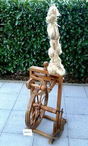 Antikes Spinnrad - volle Funktionalität - auch als Deko (80903)