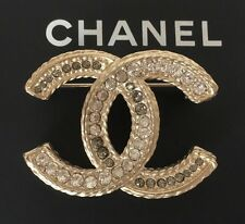 CHANEL GOLD METAL CC LOGO MULTI CRYSTALS BROOCH PIN FRANCE