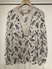 Oui, V Neck Feather Tunic, In Ivory And Black, Size 12/38