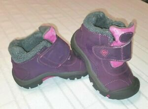 KEEN Kids' Kootenay Waterproof Winter Boot Shoe Girls Size 11 Toddler snow rain