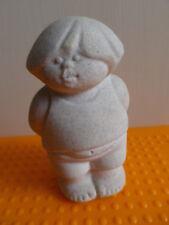 Marbell by Stone Art Belgium  Junge  H 9,5 cm 200 g Skulptur Sandstein