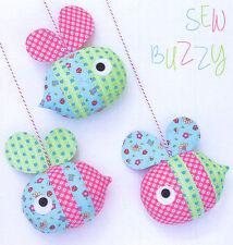 Sew Buzzy-macchine per cucire Craft A5 Creative CARD PATTERN-API BABY MOBILE