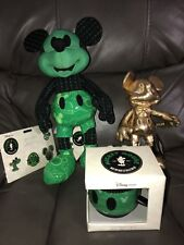 Disney Store Mickey Mouse Memories OCTOBER Plush,Mug& Pin Set WITH SMALL GOLD MM