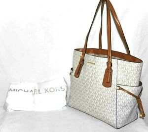 Michael Kors Voyager East West Signature Tote $228