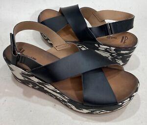 Cute Women's Size 12 Clark's Soft Cushion Wedge Slingback Sandals Size 12 EUC