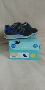 NEW Surprize by Stride Rite Lane Toddler Boys LIGHT-UP Sneaker Shoes Size 6