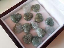 Joli Pendentif mini Bouddha Rieur en Jade Coloris nuancés
