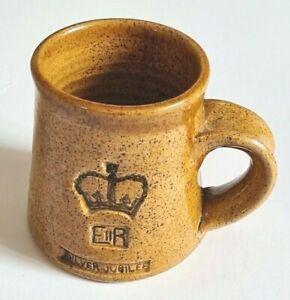 Shapwick-Somerset-Vintage-1977-Silver Jubilee-Studio Pottery-Mug-Handcrafted
