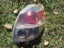 Toyota Matrix XR taillight tail light brake stop lamp pass passenger's side RH