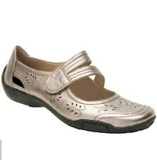 NWT Ros Hommerson Womens Chelsea Leather Mary Jane Flats Pewter Size 6.5