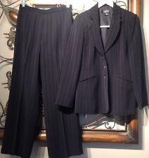 Womens Sz 6•Kasper 2 Piece Suit Black Pinstriped Pants Blazer~Jacket Career•EUC