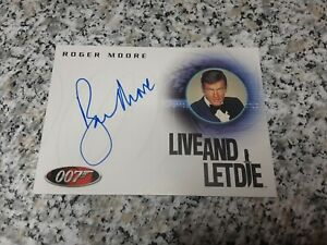 ROGER MOORE 2004 JAMES BOND 007 RITTENOUSE ARCHIVES Auto On Card #A29 AUTOGRAPH