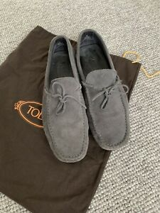 TODS MENS SUEDE LOAFERS SIZE 8