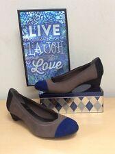 Dana Buchman Deelyah Colorblock Shoes Women's Sz 6M pumps heels gray blue NEW