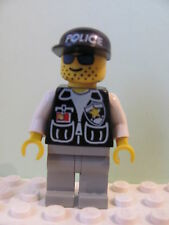 LEGO Minifig cop08 @@ Police Sheriff Star Black Cap with Police Pattern 6398