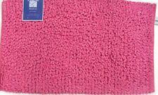 Tappeti, corsie e moquette rosa per il bagno