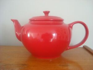 Large Red Le Creuset Teapot New