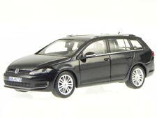 VW Golf 7 Variant 2013 deep black diecast model car Spark 1/43