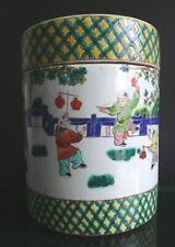Boite famille verte Chine porcelaine Large chinese porcelain box boys playing XX