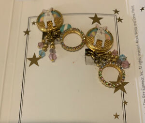 New Lunch At The Ritz Bunny Biscotti Clip Earrings - Vintage - On Card New