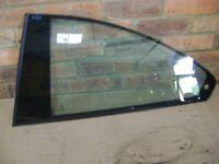 N/S (PASSENGER) REAR WINDOW GLASS - BMW 325i COUPE - E46 - 1999