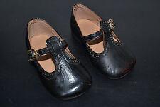 Antiguos zapatos niño/a- o muñeca De los años 50 . Made in Spain.