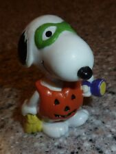 "Peanuts Gang, SNOOPY Figurine, Pumpkin Shirt Halloween, ""Trick Or Treat"""