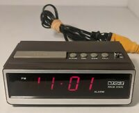Vintage Cosmo Time Solid State Red LED Clock E-505 Wood Grain For Parts