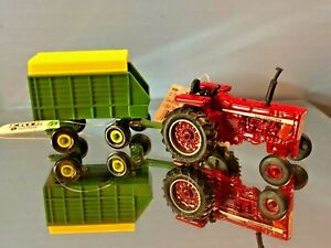 Case International Agriculture, Farmall, IH, Harvester New, Farm Toy Set 814919