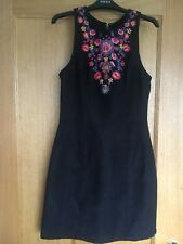 Hollister Ladies Black Dress With Flower Embroidery Pattern Extra Small