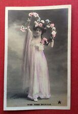 CPA. 1906?  Actrice MISS RISS SELWICKE. Guirlande de Fleurs. Theatre.