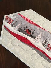Handcrafted 00006000 -Quilted Table Runner - It's a Winter Wonderland - Snowy Silver Night