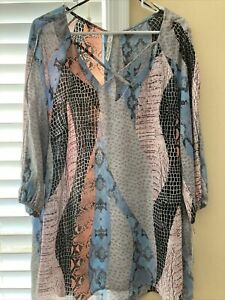 NY Collection Women's Plus Size 1X Blue Gray Animal Print Tunic Top Blouse Shirt