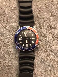 Sporty Mid-Size 37mm Pepsi  Seiko Divers 4205 0158 Date Men's/Ladies Auto 080793