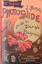 """Livre """"Photoguide. Guide du touriste photographe - Grande banlieue"""" (Fr)."""