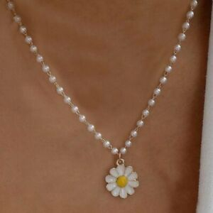 Fashion Pearls Flower Daisy Butterfly Necklace Chain Women Charm Jewelry Gift