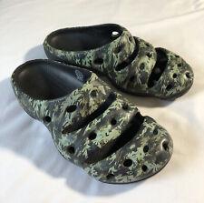 KEEN Yogui Arts Slipper Sandals Men's Size 10 CAMO Green Slip-on