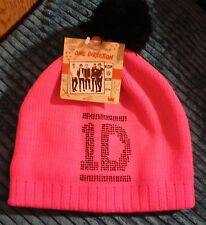 ONE DIRECTION 1D PINK BLACK BOBBLE HAT BRAND NEW WITH TAGS WARM COLLECTABLE