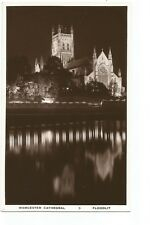 Postcard Worcester Cathedral Floodlit unposted      (A25)