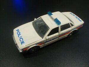 MATCHBOX SUPERKINGS 1987 JAGUAR XJ6 POLICE CARE