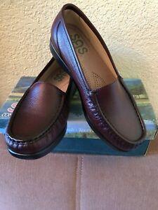 SAS Women's Leather Loafers Simple  Antique Wine Shoes 6 WW New